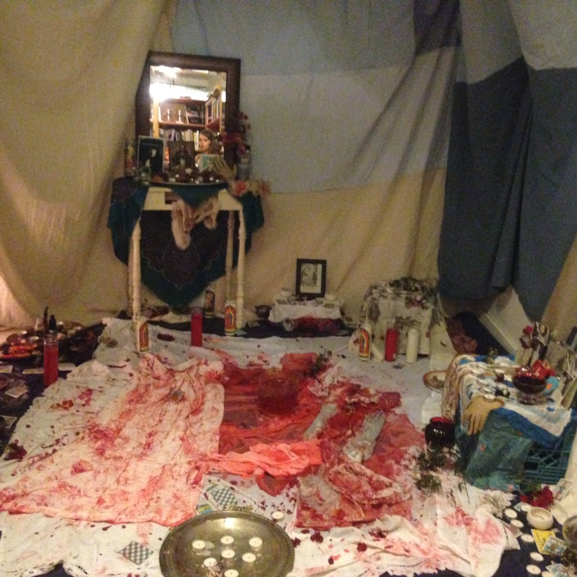 blood ritual tent ivy in mirror